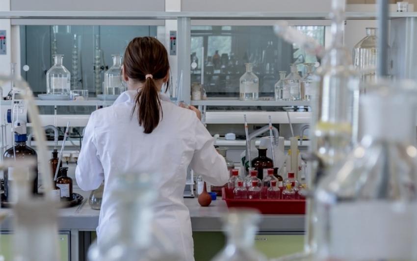Újabb hárommilliárd forintos támogatást kapnak a magyar kutatók