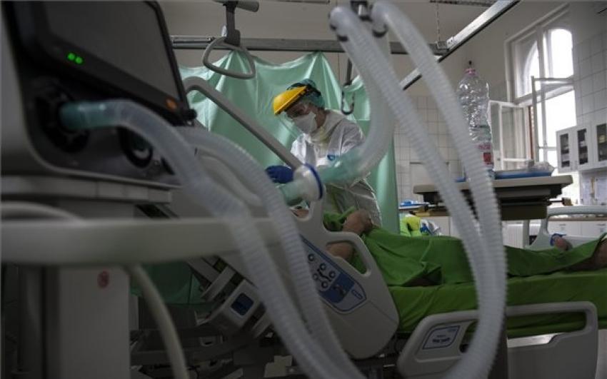 1300-ra csökkent az aktív fertőzöttek száma, meghalt 8 beteg