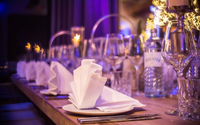 Egyelőre nem lesz szükség oltási igazolványra az éttermekben Szlovákiában