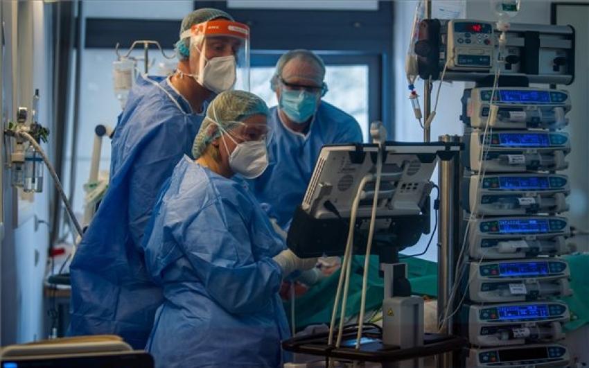 Meghalt 106 beteg, 1541-gyel nőtt a fertőzöttek száma